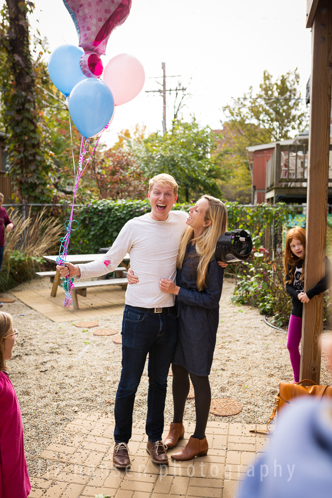 gender-reveal-photographer-winnetka-36.jpg