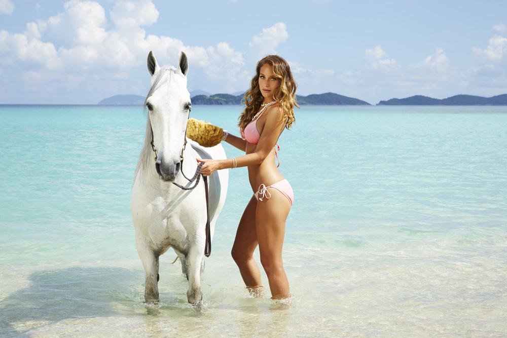 Hannah+Horse.jpg