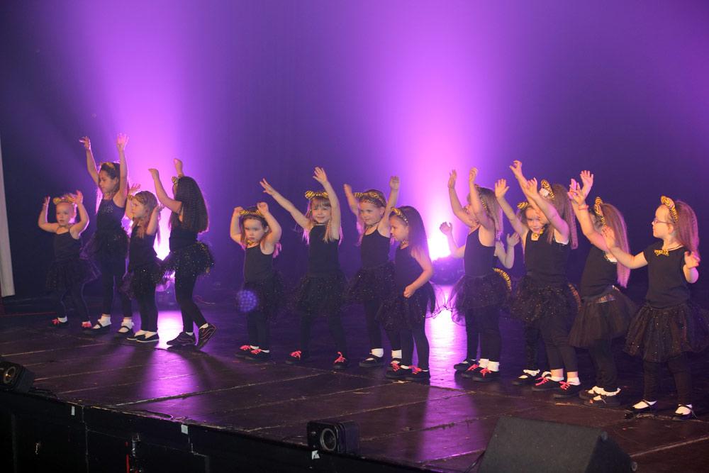 dance-stars-dancerallas.jpg