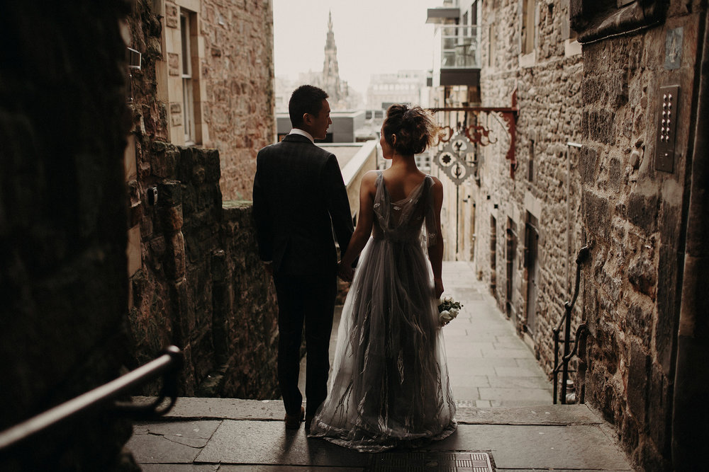 creative wedding photographer in edinburgh