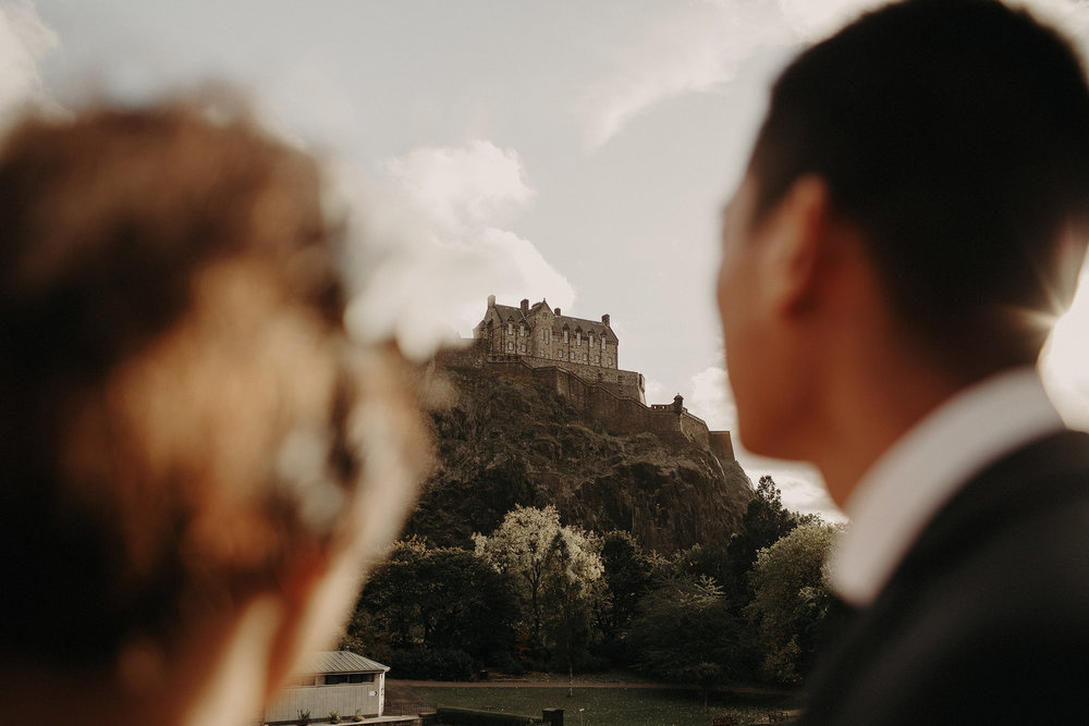 alternative elopement photography in edinburgh