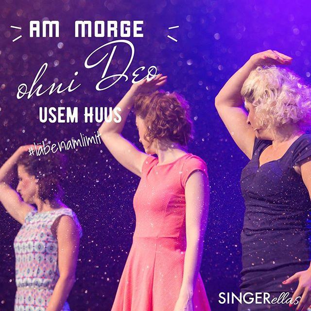 Hüt giutets o in Bärn ärnscht, mir hei scho chli Lampefieber u Angschtschweiss! Zum Glück gits Deo. 😅  Mir zeige am Achti erschti Usschnitte us #läbenamlimit im @wurst_und_moritz_bern im Rahme vor Trouba-Tour. Daaanke scho iz am @mundartnetzwerk! 🙏🏼 Wär chunt cho luege?  #singerellas #premiereinbärn #showtime #troubatour2017 #mundartnetzwerk