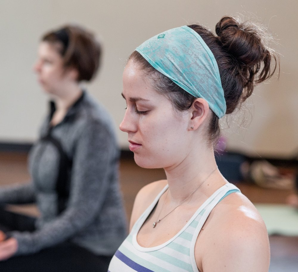 1031 OmBirths Yoga-007.jpg