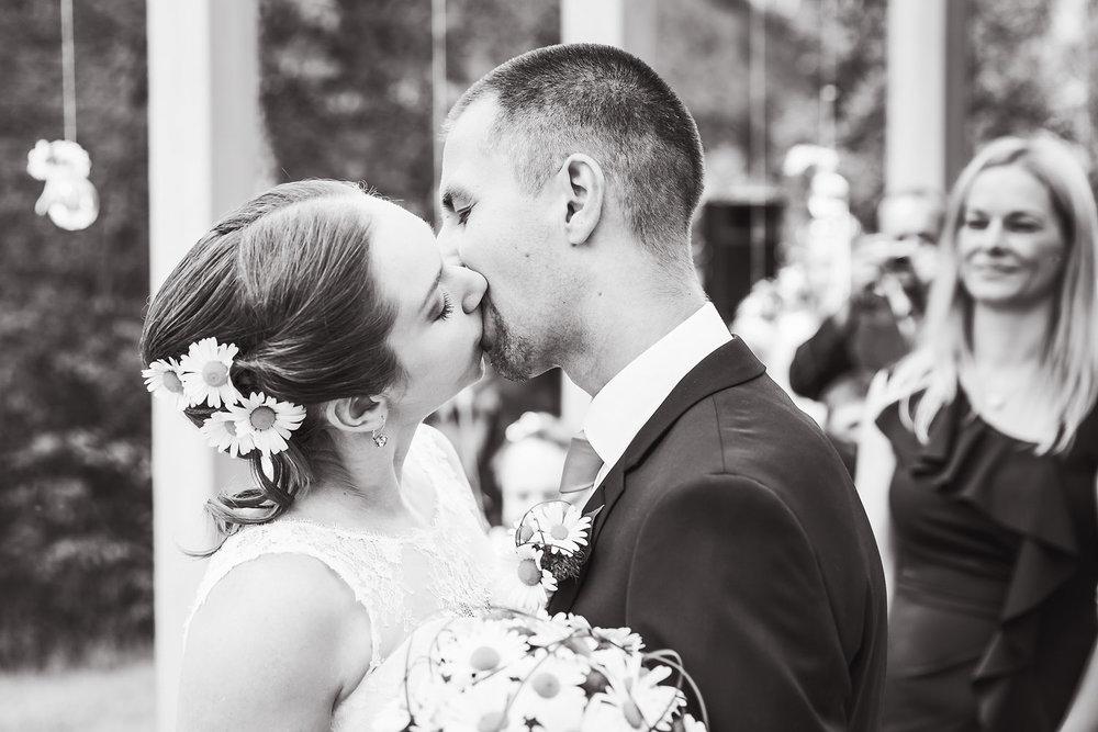 wedding_AT_034wbw.jpg