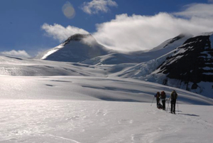Once base camp is ready, Ben leads Flaam, Ainhoa and Luc on the start of their summit adventure.