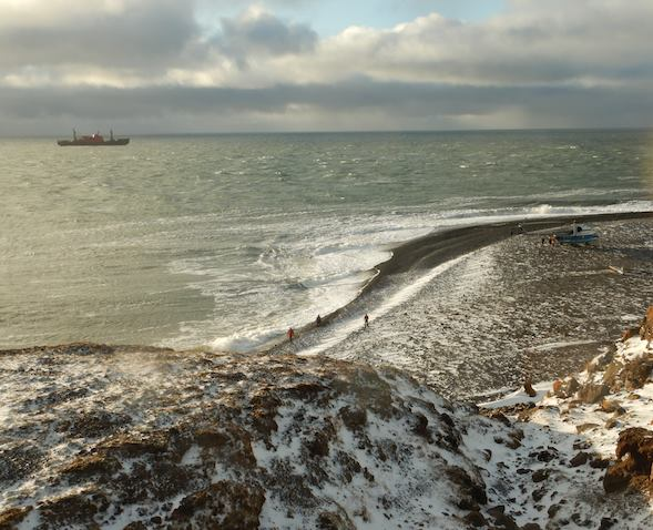 A day at the beach on Vilkitsky island, East Siberian Sea: Sun, Sea, Waves, Yacht... what else?