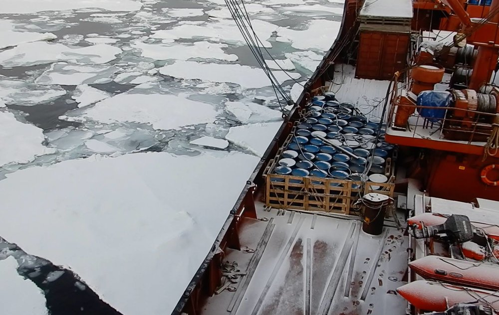 We found very little ice on the way to our exploration of the New Siberian and    De Long islands   : probably just a combination of currents, winds... We were very lucky to be able to access all the De Long islands as a result.