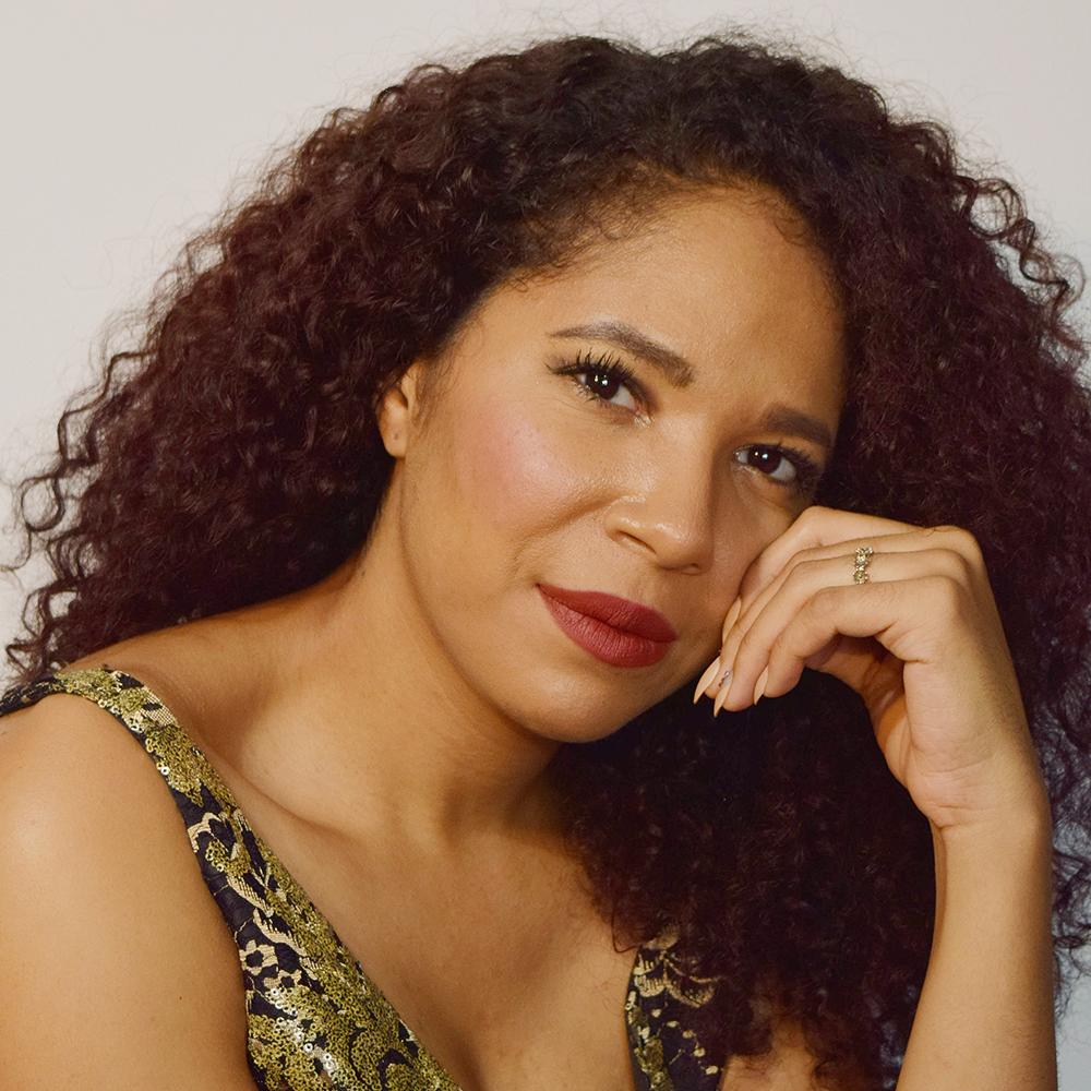 Amanda Lynn Bottomsmezzo-soprano -