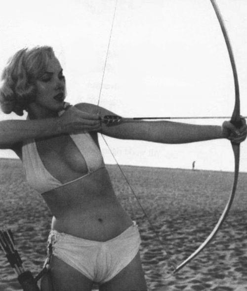 fabforgottennobility :     Marilyn Hood