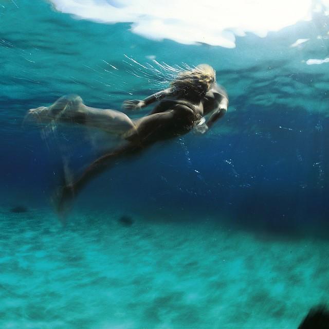 kurtarrigo :     Blue Heaven. #explore the world beneath @aquatech_imagingsolutions #nikon #takemethere #lovemalta