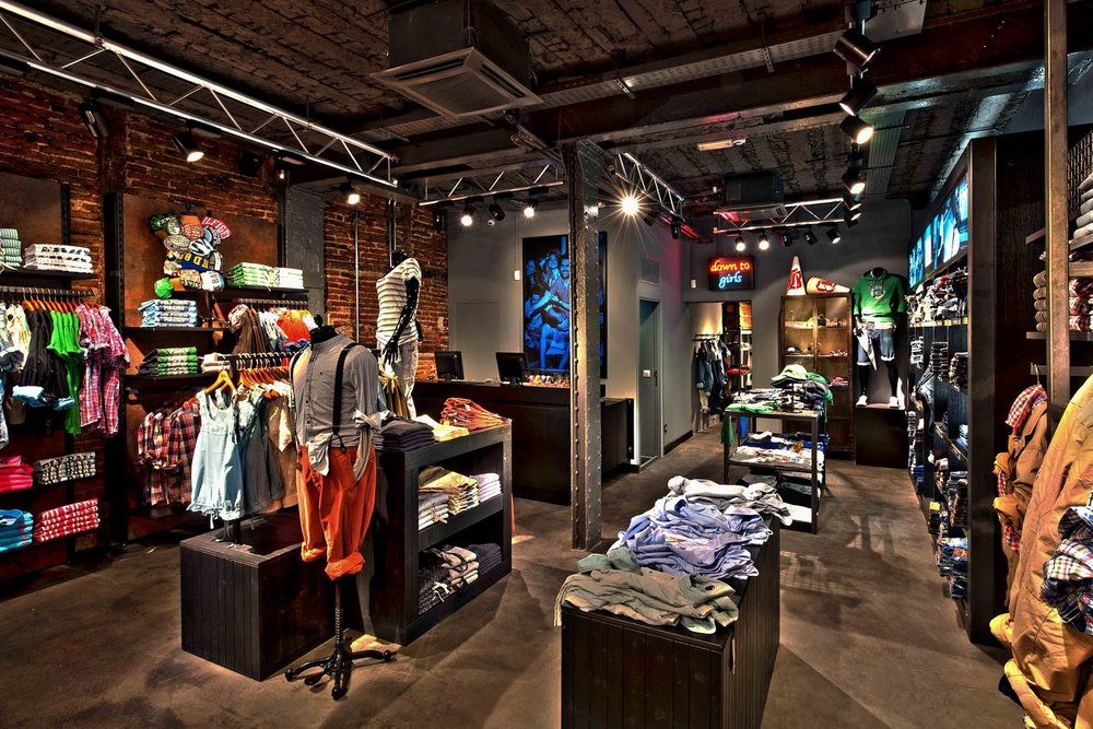Hilfiger Denim Store Fuencarral Mad 2.jpg