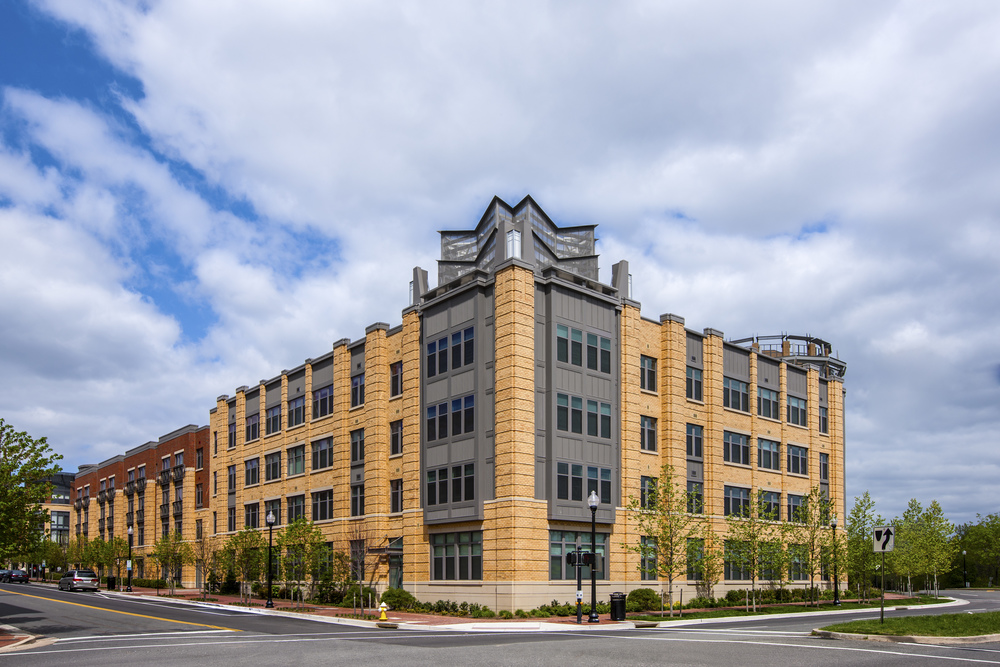 Post Carlyle Square Exterior Image-141608.jpg