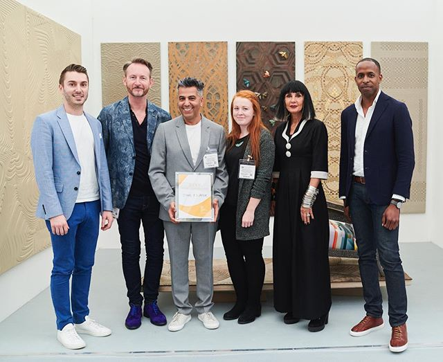 @suetimney @johnallsoppstudio and I had the pleasure of awarding the Best New Exhibitor Award to @oharedjafer for #Decorex2018 @decorex_international