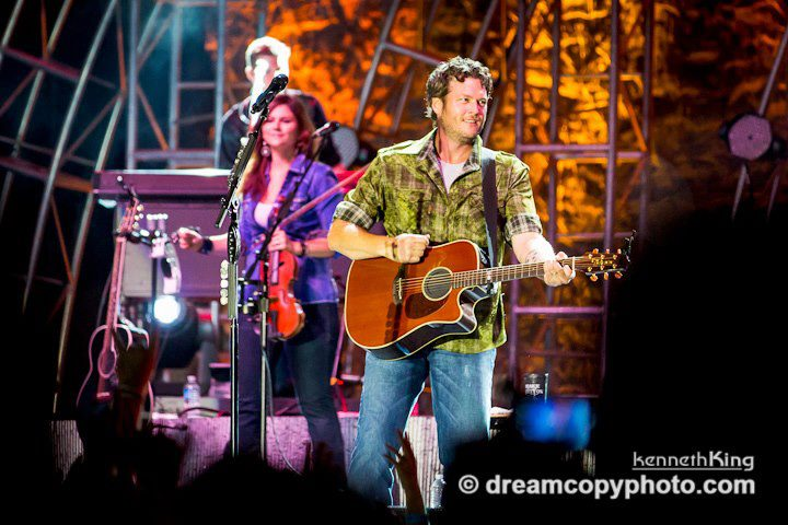 Blake Shelton - Courtesy of SRO
