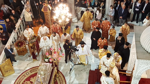 From the upper balcony looking down on the solea with the holy Relics present