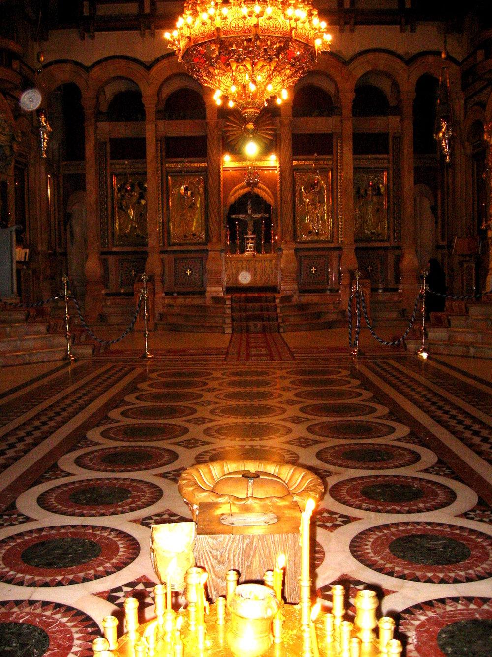 5291-20080123-jerusalem-holy-sepulchre-catholicon.jpg