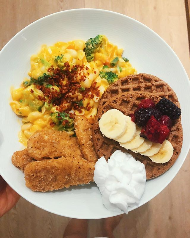 "Sometimes all ya want is a big ole plate of vegan chickn & waffles🤤🙌🏽 I have an insatiable sweet tooth but lately I've been evolving (NEW YEAR NEW ME😂)my taste buds have been leading me to these soul food savoury breakfasts a lot this month & I'm lovin it 🤷🏻‍♀️ some months u crave oatmeal & smoothies & avocado toast, and other months u crave chickn & waffles with Mac n cheese & coconut whipped cream. And that's just the gospel #truth 💃🏻Aha but all joking aside, I really have learnt after yrs of having a combative effortful relationship with food that it's much more enjoyable & easeful to just go with the flow of what your body's telling you rather than fighting it at every turn & trying to control or restrict your food & ultimately the memories you get out of life. from my experience your body is wise beyond your intellect, it will always seek homeostasis & in the macro will guide you back to balance if u trust it & give it time. I know that I spent years missing the bigger picture, years forcing green smoothies down my gullet, not eating my moms food & bringing steamed potatoes to parties. And at the end of the day those efforts didn't make me any healthier & more importantly just added more stress, obsession & dysfunction into my life. It was only in letting go of the ridiculous madeup food rules that id concocted in my head & just saw food as FOOD that I realized how much energy & brain power I wasted constantly evaluating the ""purity"" or ""goodness"" of food. There's a time & a place for green smoothies🥒 & there's a time & a place for honouring our physiological health but I just don't think us otherwise healthy, not obese or pre diabetic FOLK need to be that concerned or obsessed with eating ""clean"" or looking ""lean."" It goes against our culture so it's easier said than done, but I hope we can all do our best to continue to question societies standards around beauty & remember to draw our self worth from things beyond a number on a scale or reflection in a mirror. To not lose sight of what we want to get out of our time here on earth. Woooo okay that's enough rambling for one day, hope y'all have a grrrrreat weekend! 💜"