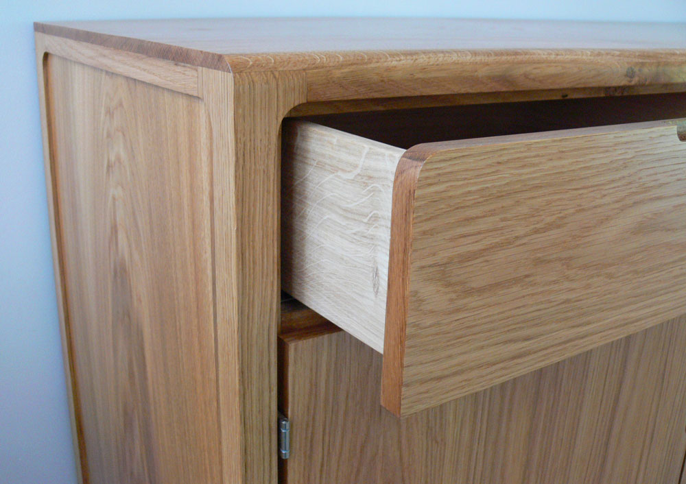 smith_sideboard_detail_3.jpg