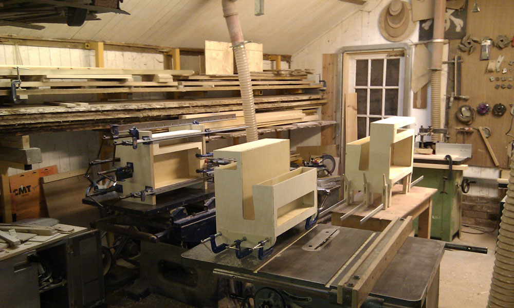 bookie glue up