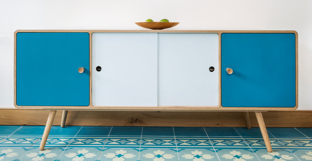 splash sideboard