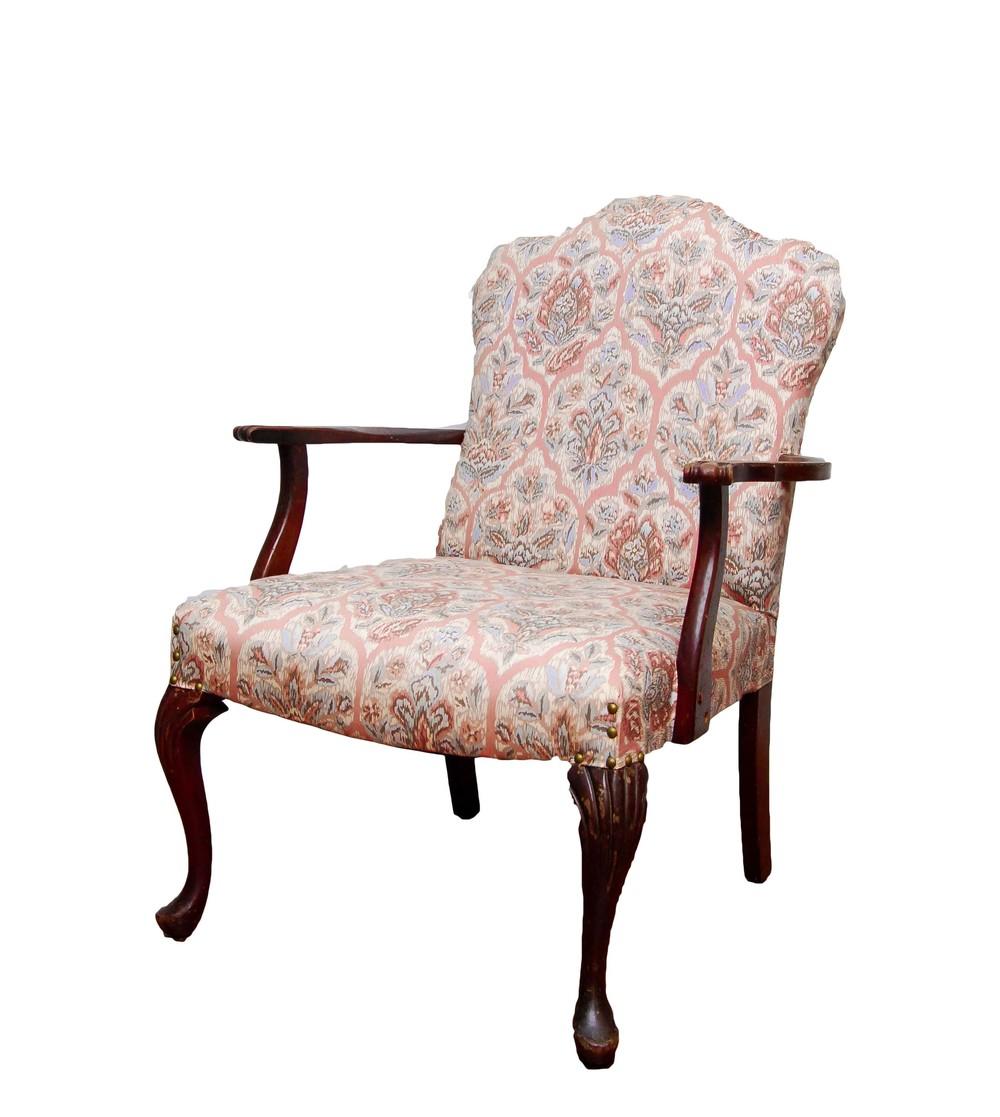 MRS. DOUBTFIRE arm chair
