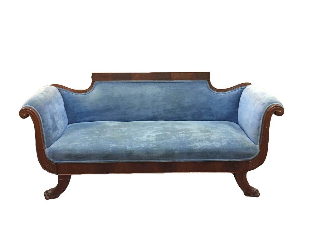 I DREAM OF 'GENIE' velvet sofa