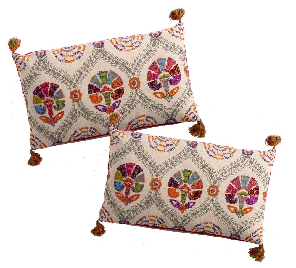 DELHI Pillows (2)