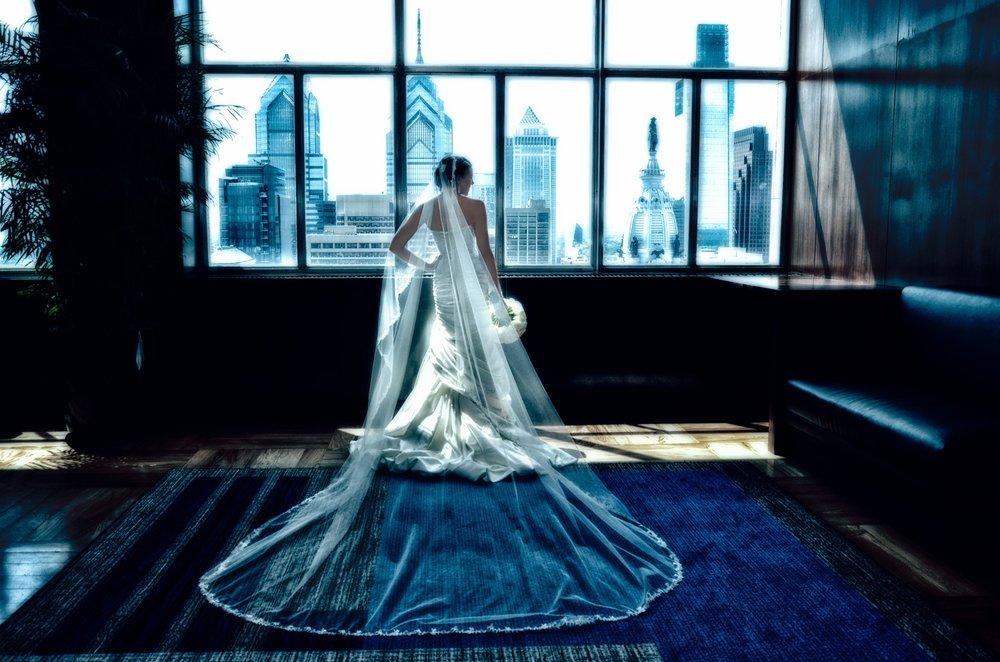 Bride at Lowe's Philadelphia / Meyer Photography