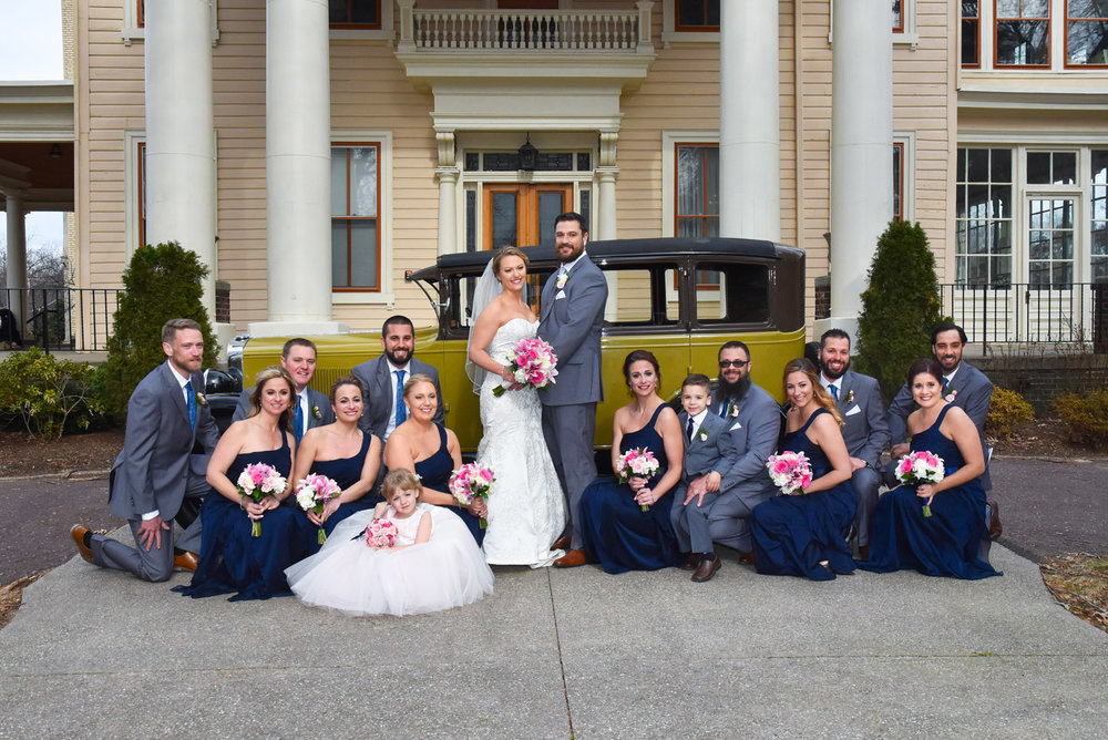 Bridal Party-Antique Auto-Collingswood Grand Ballroom.jpg