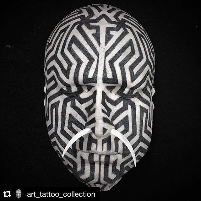 Our Thing Gallery tattooable face worked on by @tomastomas108 for @art_tattoo_collection 🖤#thinggallery #tattooedface