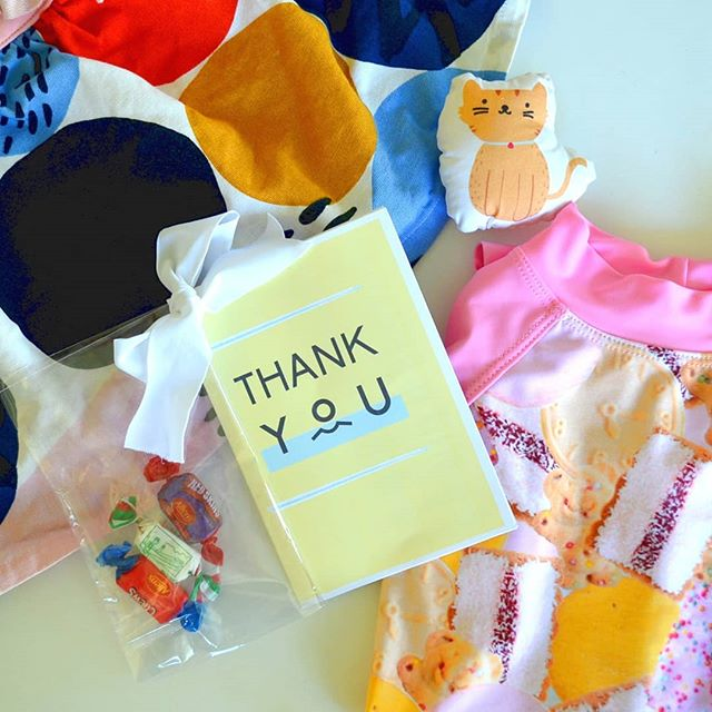 Small businesses love their customers 🥰 Look at this thoughtful card and tasty treats that arrived with miss 4's handmade clothes by @young_squad_aus - THANK YOU! Scroll across to see the confidence-boosting pocket pal with the skirt/bike pants 💜 . #supportsmallbusiness #handmade #australiandesigner #mindfulfashion #mindfulwardrobe #qualitynotquantity #minimalwardrobe #joyfullife #livecolourfully #sustainableliving #whomademyclothes #fashionrevolution #pocketpal #feelgoodfashion #fashionblogger #fashionblog #kidsstyle #kidsclothes #skirtswithpockets #pocketpal #icedvovo #shopsmall