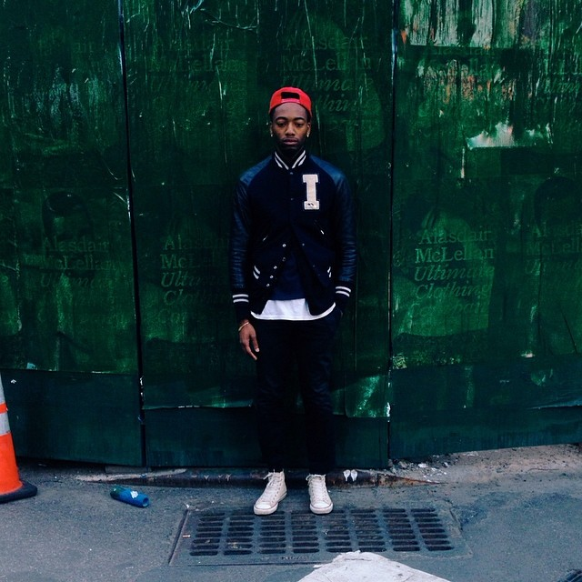 fluidecorum :     ✳️ on 🔵 with a hint of 🔻• #vscocam #wiwt #ootd 📷: #rogwalker  (at SoHo)