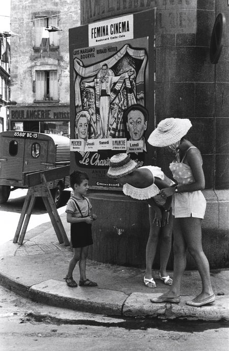 theclassyissue :       Arles France 1959      Photo: Henri Cartier-Bresson