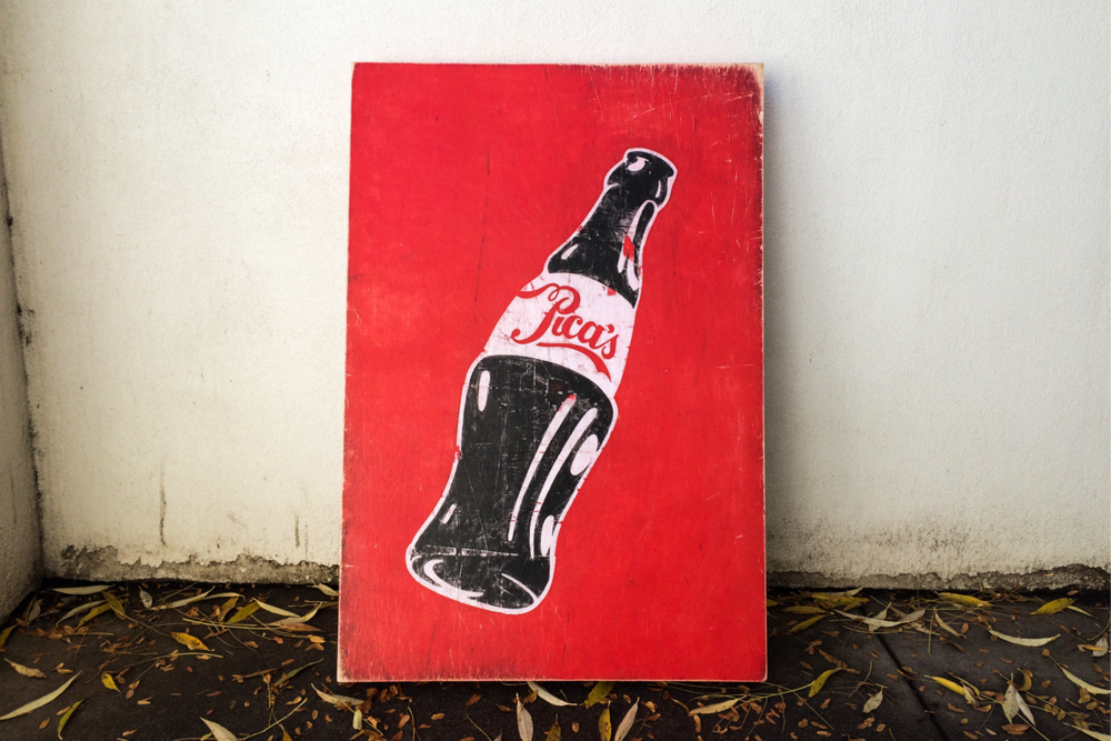 Pica's cola sign