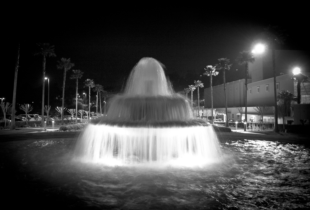 Temple Fountain @ Night