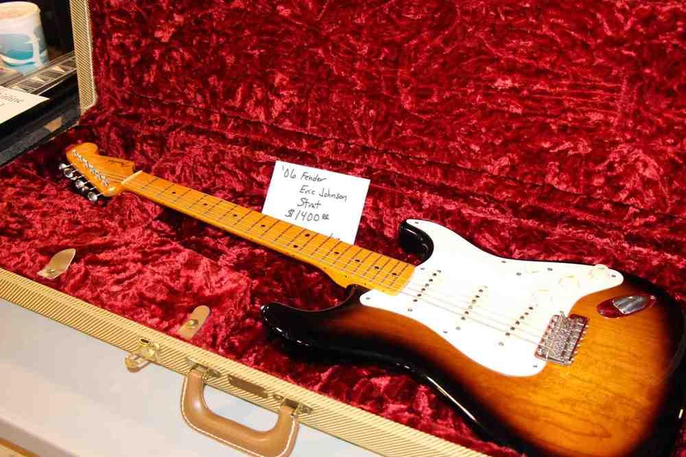 2006 Eric Johnson Fender Stratocaster.jpg