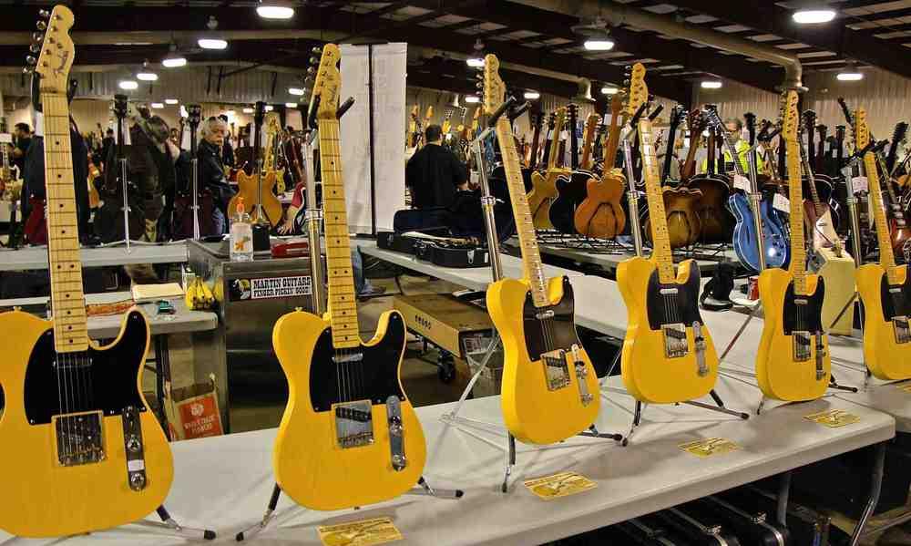 Blonde Fender Telecasters.jpg