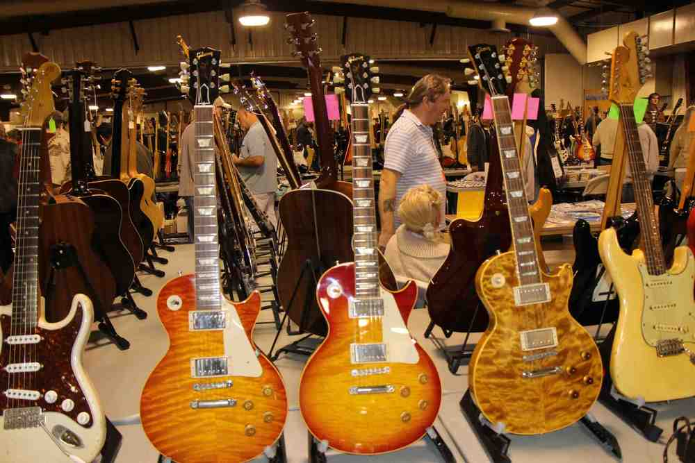 Gibson Les Paul Bursts.jpg