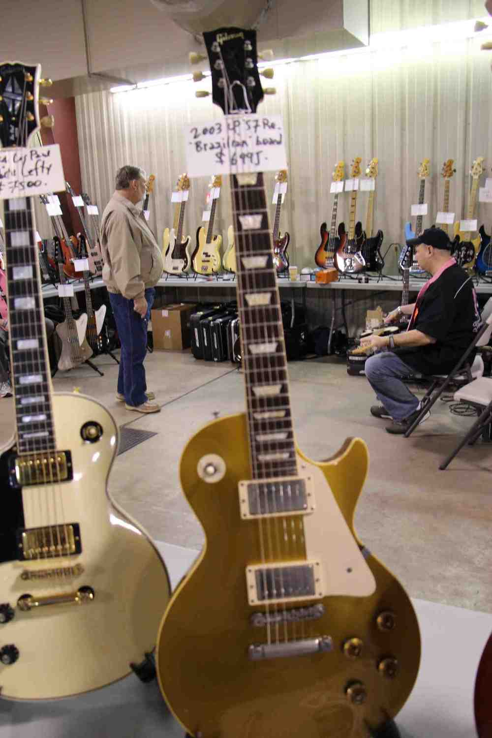 R7 Les Paul Goldtop.jpg