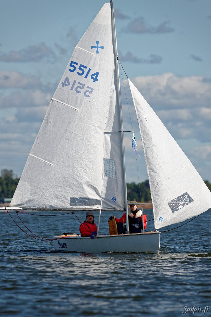 ....Windmill taking part in Viaporin Tuoppi woodenboat race 2015. Photo: Erik Lähteenmäki, Sailpix.fi..Windmill Viaporin Tuopissa vuonna 2015. Kuva: Erik Lähteenmäki, Sailpix.fi....