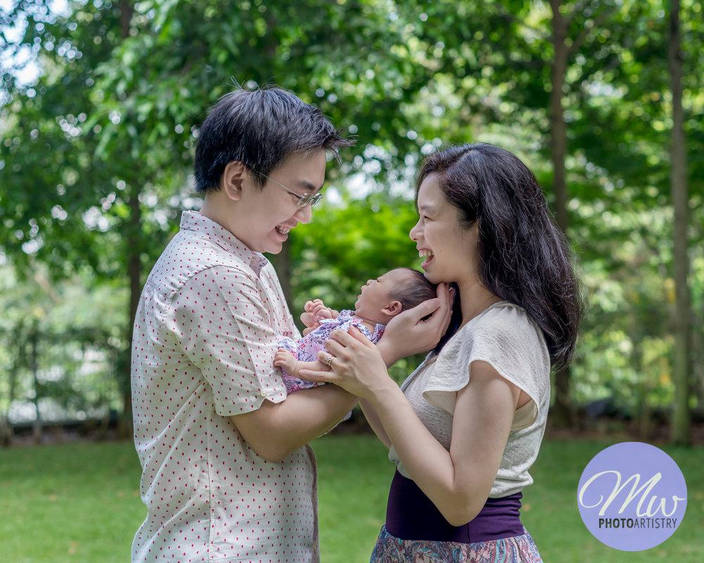 Kuala Lumpur Kuching Malaysia Newborn Photographer Photo 31.jpg