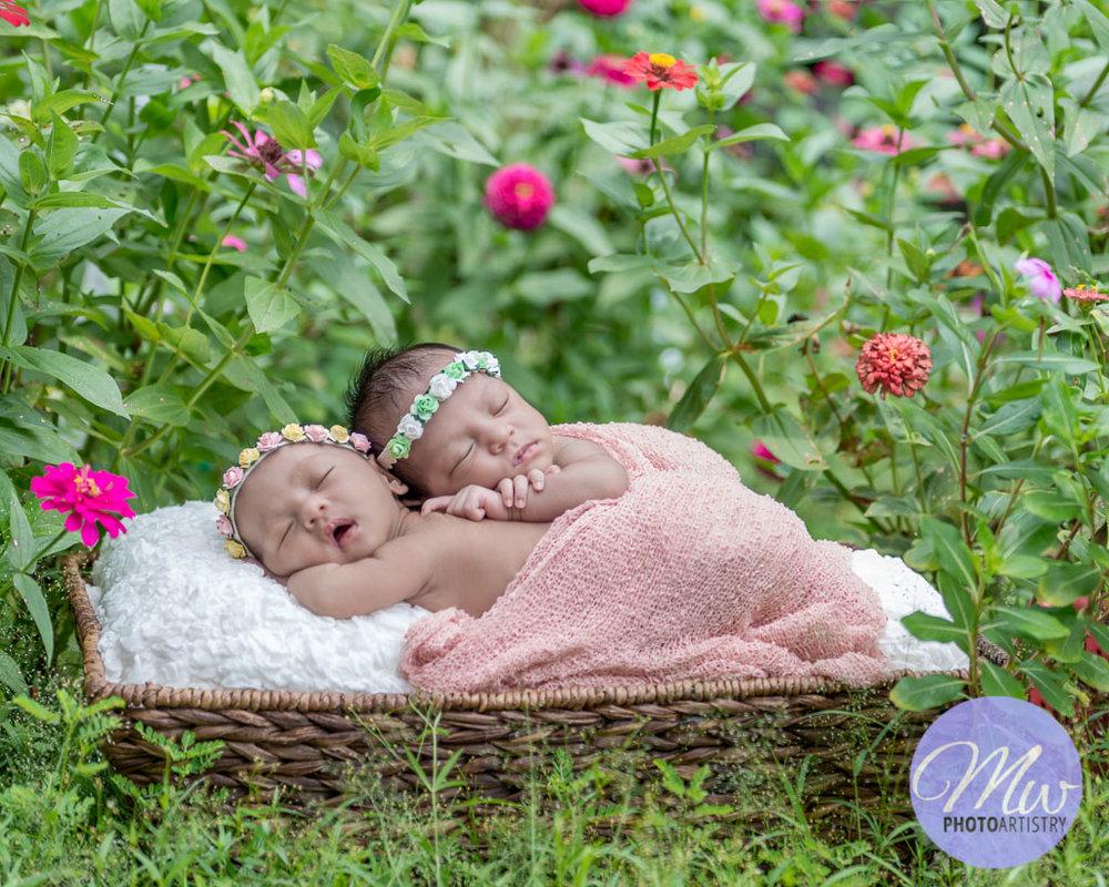 Kuala Lumpur Kuching Malaysia Newborn Photographer Photo 29.jpg