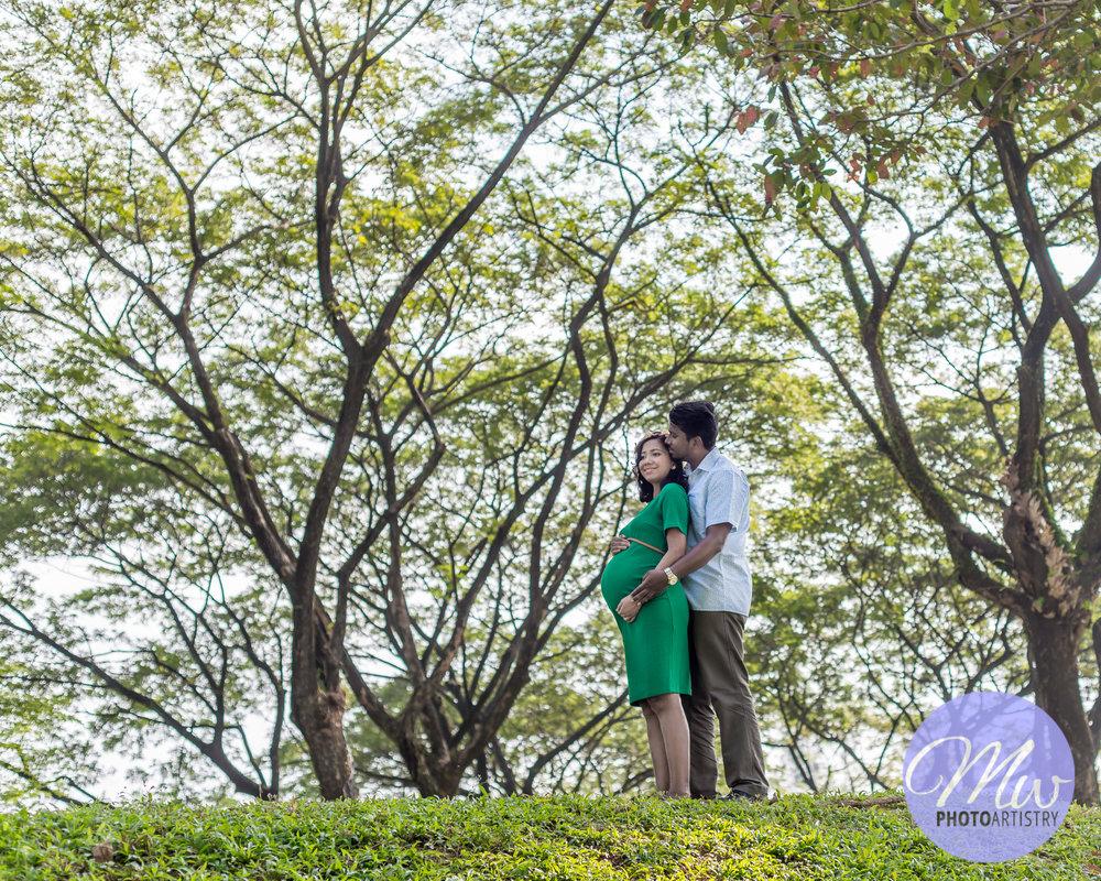 Kuala Lumpur Kuching Malaysia Maternity Photographer Photo 27.jpg