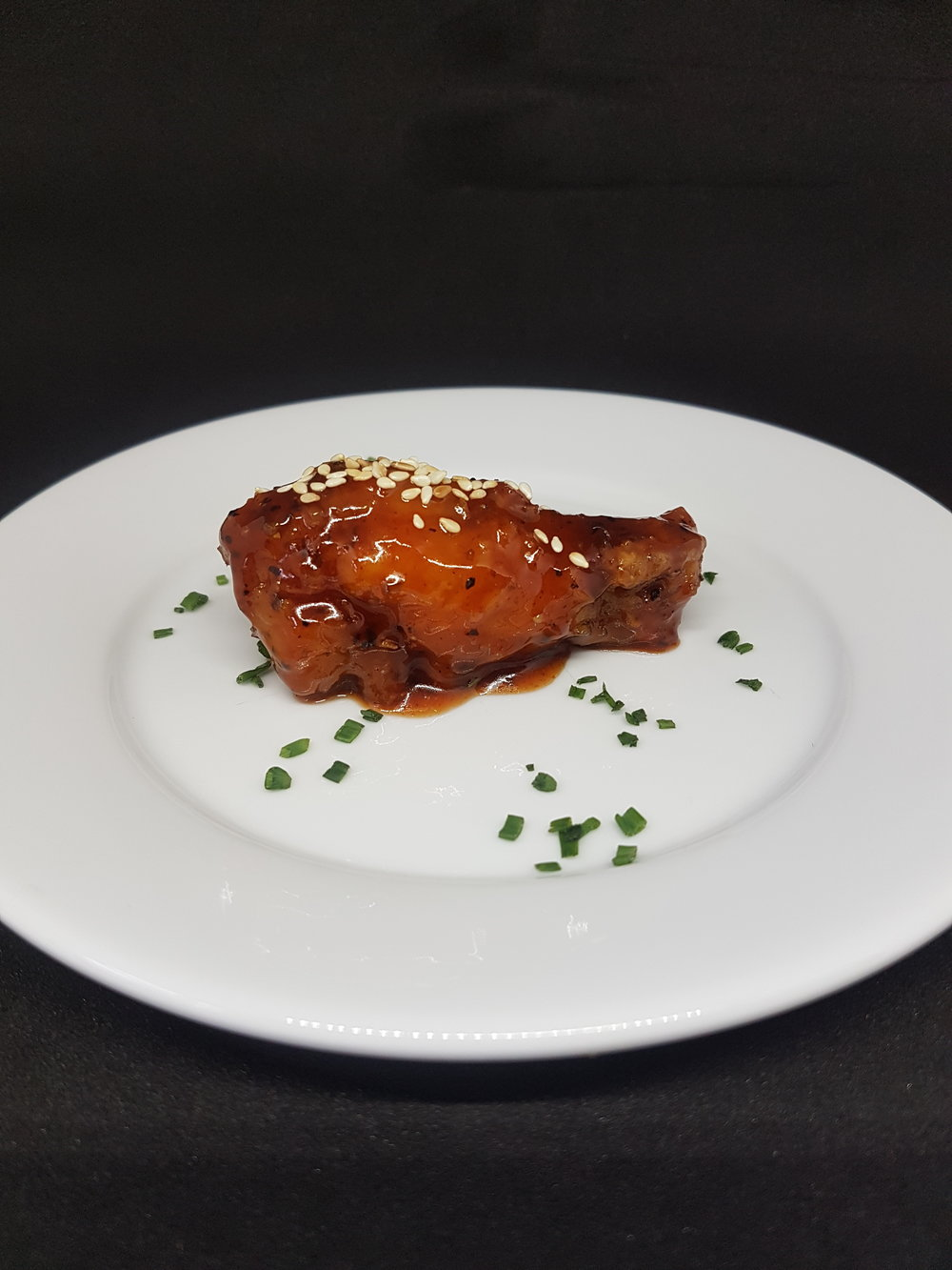 SRIRACHA CHICKEN WING