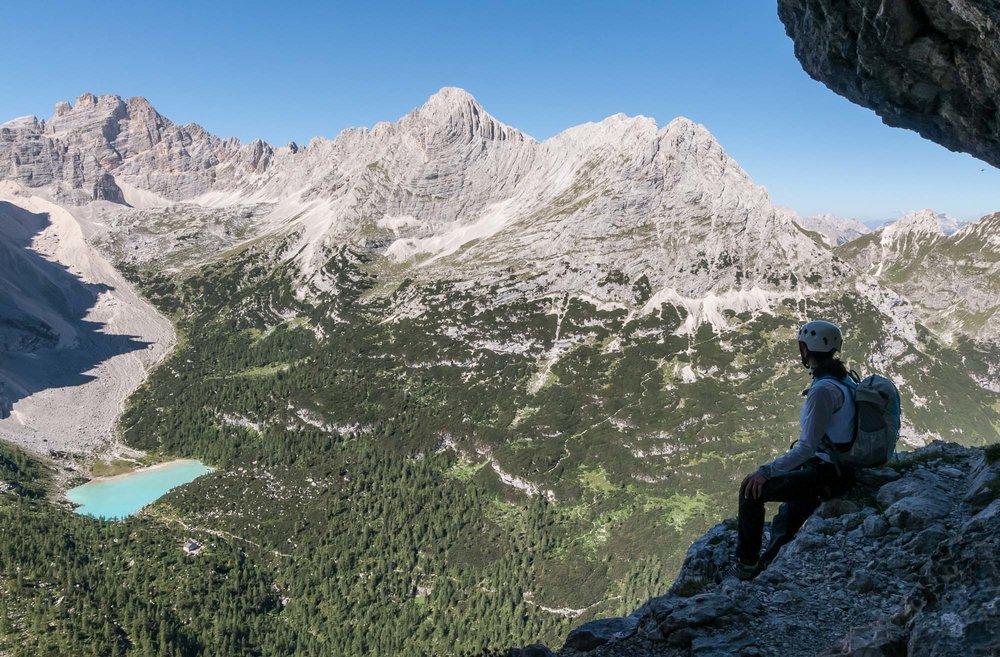 Un momento di pausa lungo la Ferrata Vandelli _ Photo ©GIUSEPPEGHEDINA