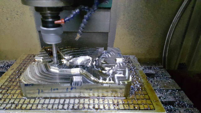 Drilling & machining the details of the metal tool