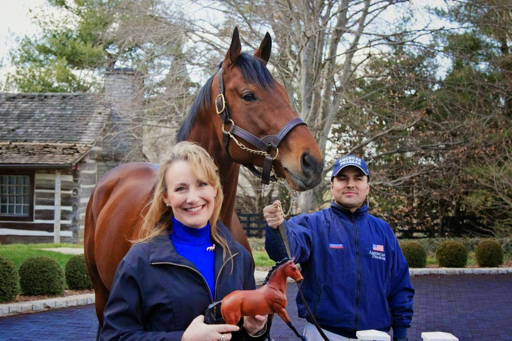 Robin and Copperfox Superman meeting American Pharoah (and handler friend!)