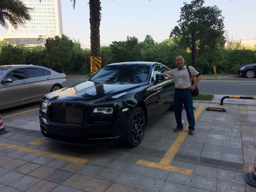 Black Rolls Royce and Tony, my fab China Guide!