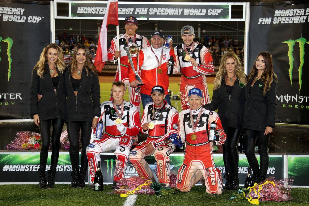 polska5383(c)SpeedwayGP.jpg