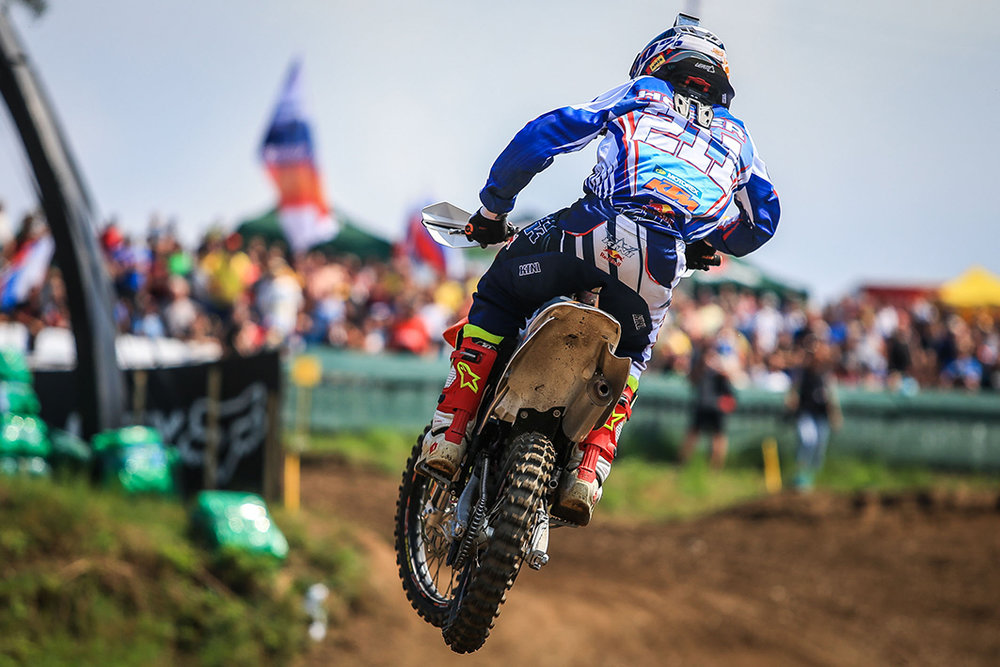 web-Hofer_MXGP_13_CZ_2016(c)Youthstream.jpg
